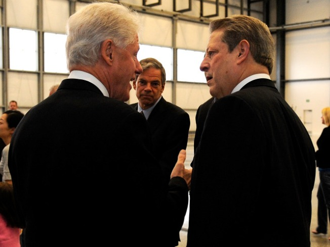 Clinton and Gore reunite in Tennessee