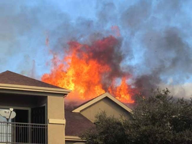 4-Alarm Fire Displaces 60 in North Dallas