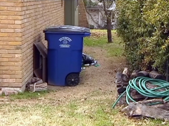 Dallas Residents Say Trash Pickup Policy Stinks