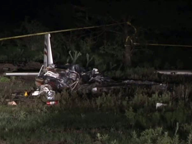 2 Injured in Crash of Experimental Plane