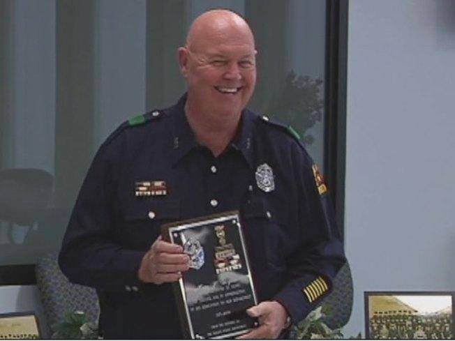 Longtime Police Officer Retires