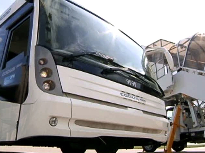 DFW Airport Buys $700,000 Bus for Tarmac Delays