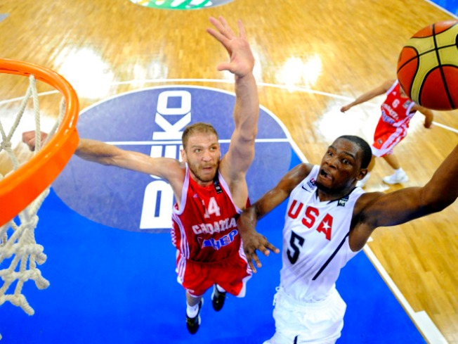 Team USA Blows Out Croatia in World Basketball