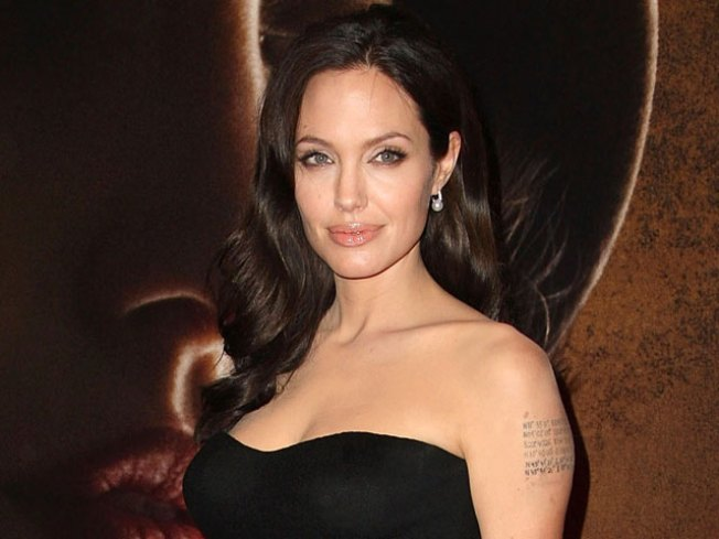 Angelina Jolie Slept With Mom's Man at 16: Book