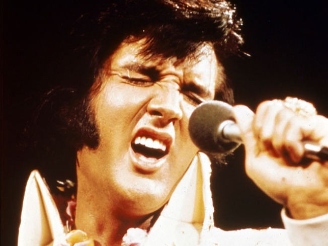 Elvis Fans Marks 33rd anniversary of King's Death