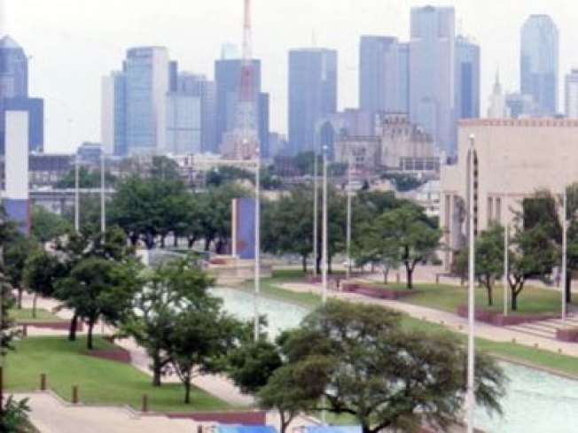 Dallas' Esplanade Readies for Lights, Fire & Water Show