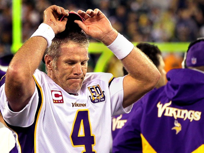Brett Favre Admits to Voicemails, Not Lewd Photos: Report