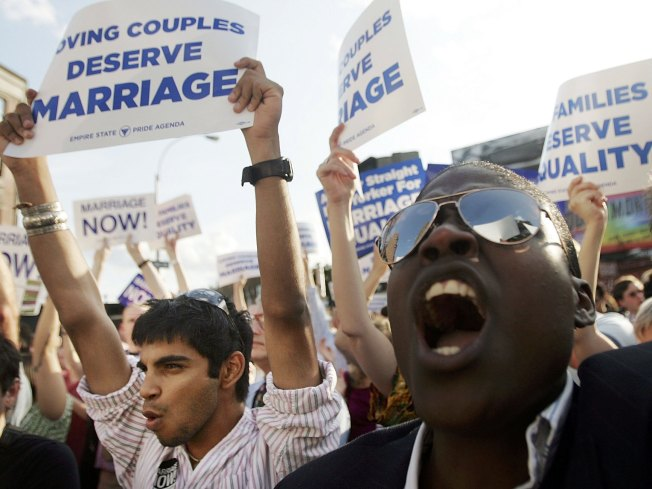 Gay Divorce Debate Rages on in Texas