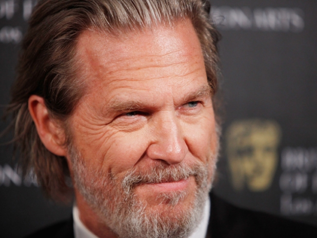 "Jeff Bridges Guests on ""SNL"""