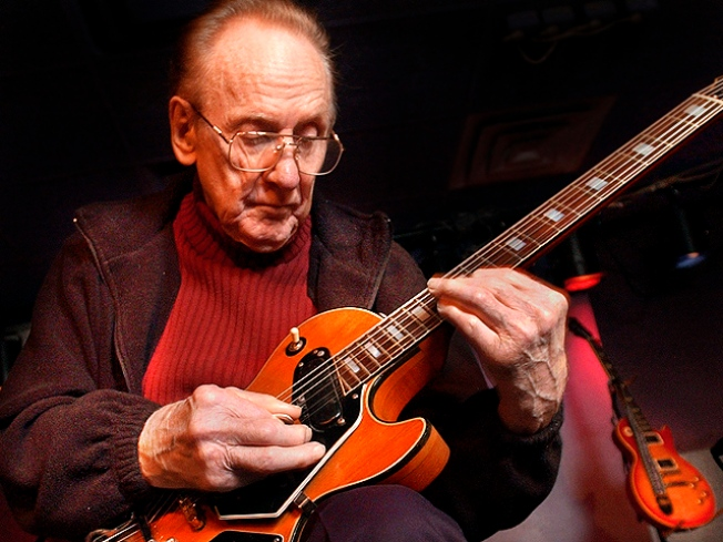Guitar Hero, Les Paul, Dies at 94