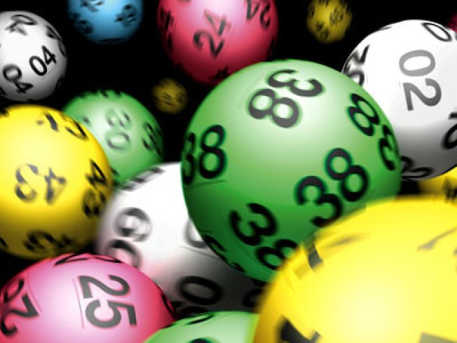 Lottery Close to Record Losing Streak; Jackpot at $72M