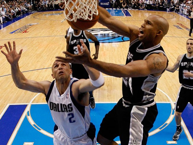 'Dogs' Come Up Big For Spurs in Game 2 Over Dallas