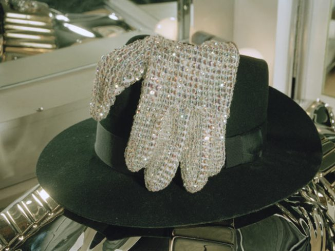 Michael Jackson's Glittery Glove Up For Auction