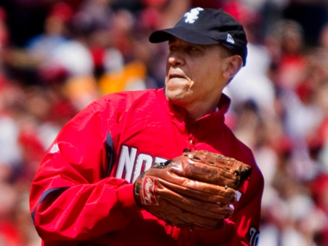 Obama Tosses First Pitch at Nats Park