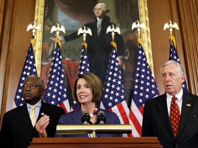 Hoyer: Financial reform hitting House floor next month