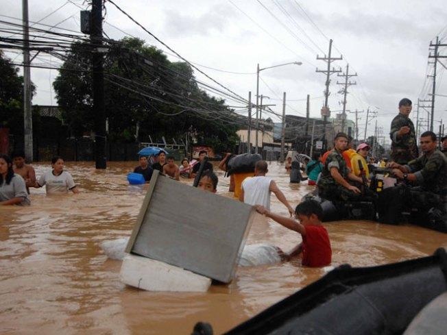 Social Media Shines in Disaster