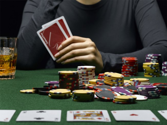 Swiss Ban Hold'Em Tourneys,  Say It's All Luck