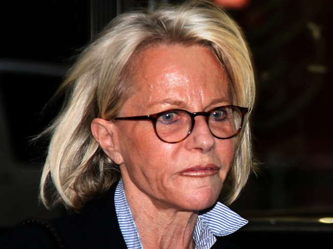 Ruth Madoff Must Report Receipts Over $100