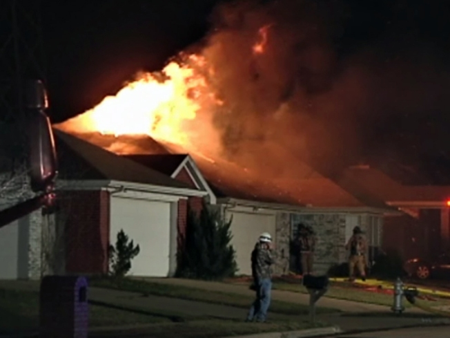 Downed Power Line Sparks House Fires