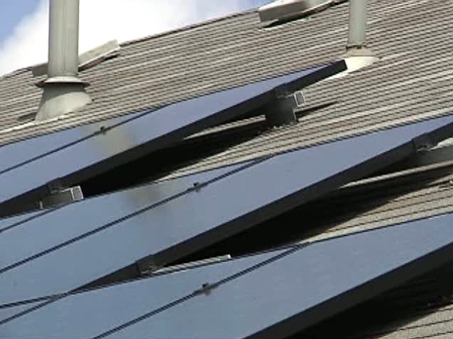 Customer Says Solar Power, Smart Meters Don't Mix