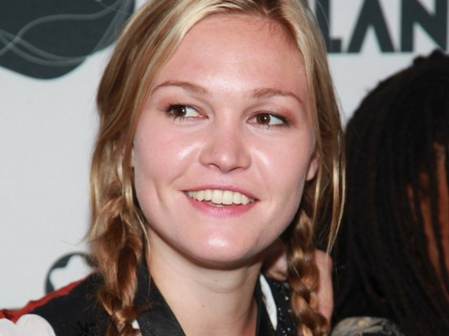 Julia Stiles: I Had No Role in Michael C. Hall's Divorce