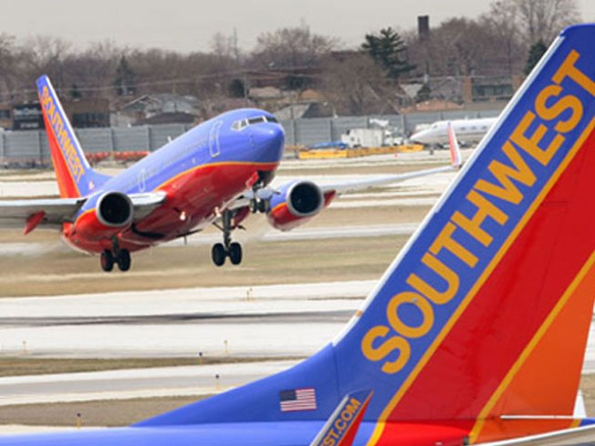 Southwest Posts Profit for 37th Straight Year