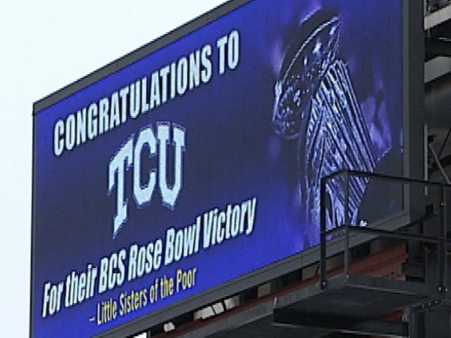 TCU Fans Taunt Ohio State Pres