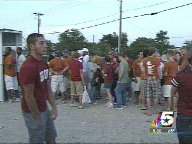 Texas, OU Fans Say They Were Baited Into Illegal Lots