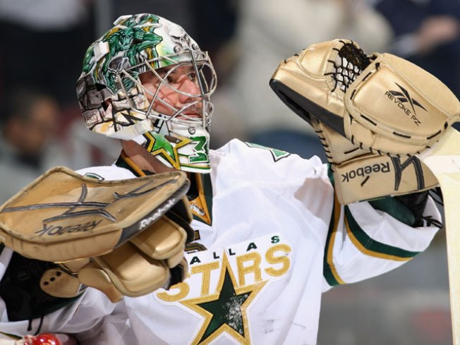 Chicago Tops Stars in Fifth-Round of Shootout