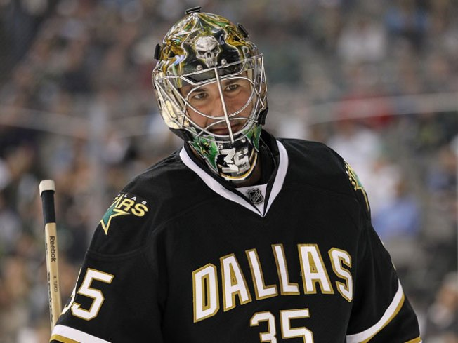 Turco Signs With Blackhawks