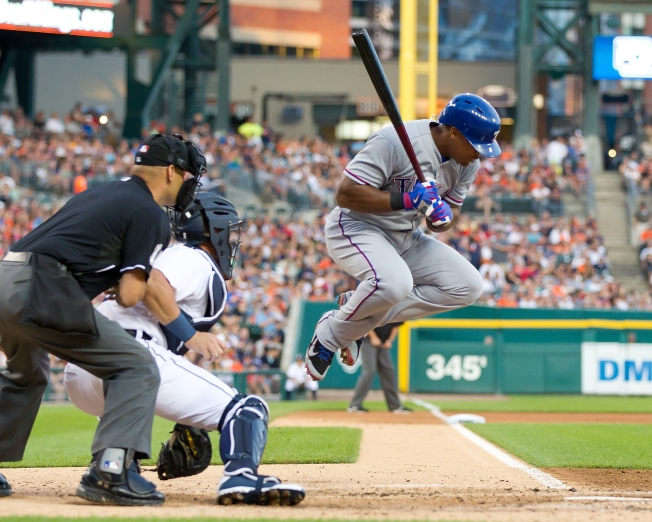 Gallardo Shuts Down Tigers, Rangers Hold Off Detroit 5-3