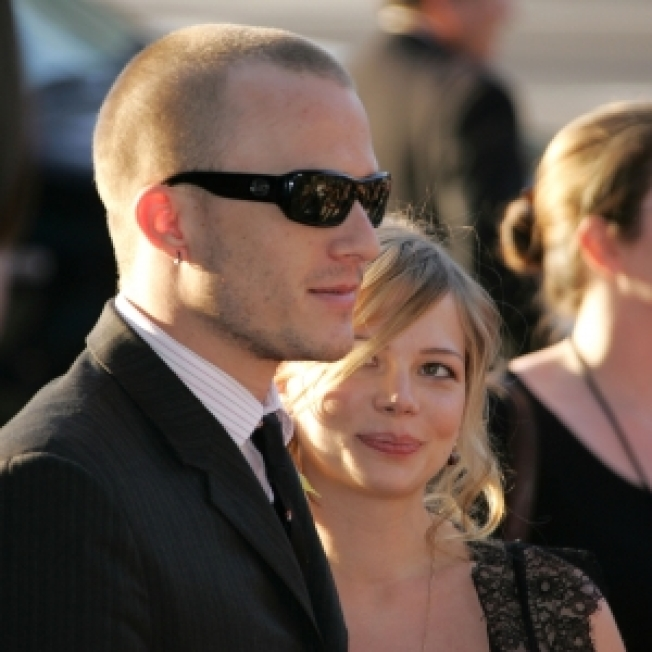 Rep: Michelle Williams Not Accepting Golden Globe In Heath Ledger's Absence