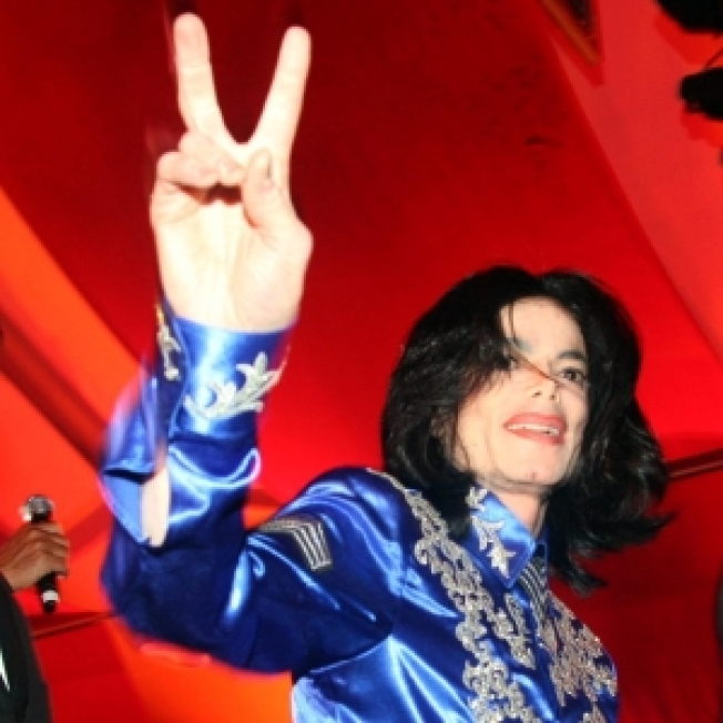 Michael Jackson Leases Bel Air Mansion