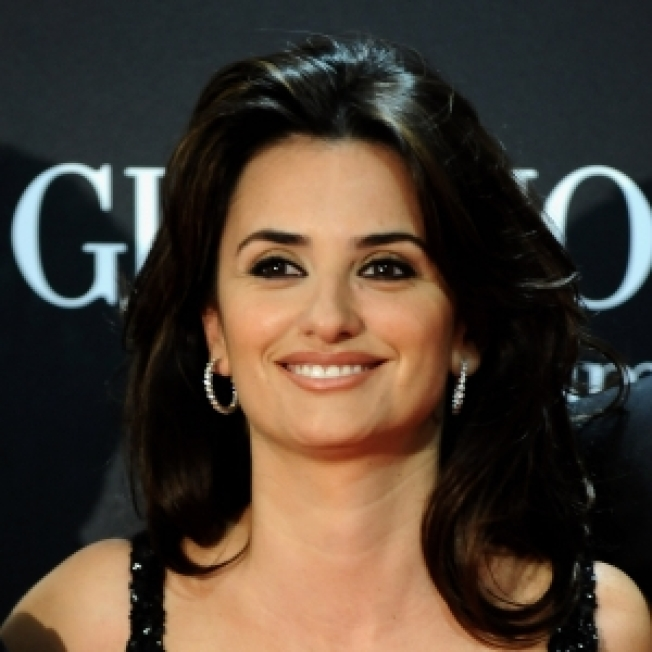 Penelope Cruz Sidelined By Food Poisoning In Cannes