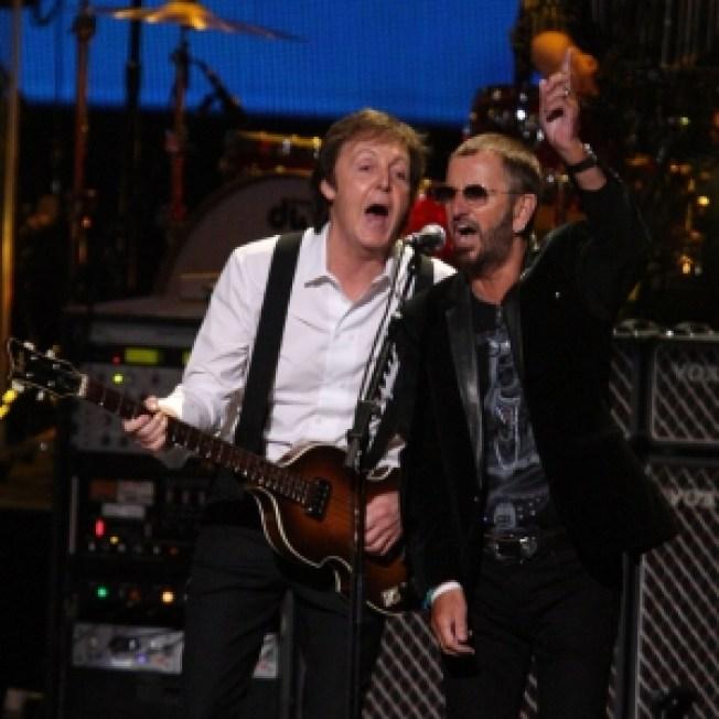 Paul McCartney & Ringo Star Reunite On Stage