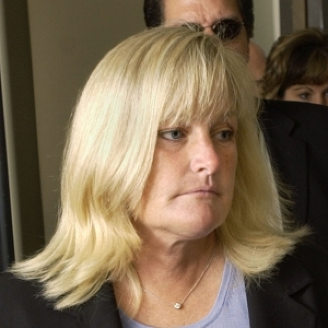 Lawyer: Reports Debbie Rowe Relinquishing Custody For Cash Are 'Completely False'