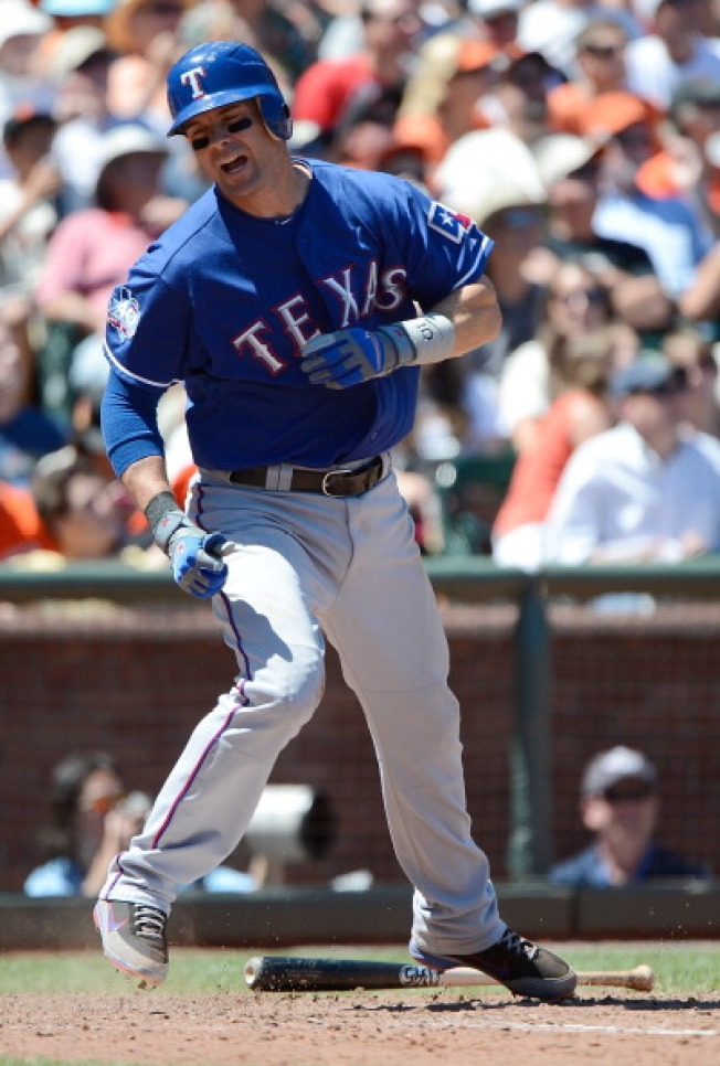 Michael Young Helps Rangers Rout Blue Jays 11-2