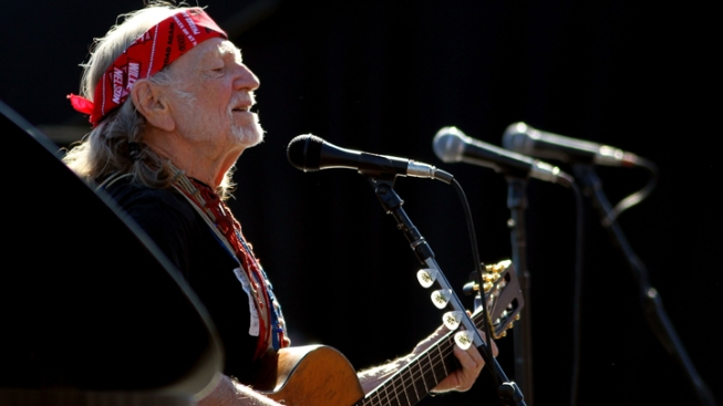 Willie Nelson's Picnic Returns to FW