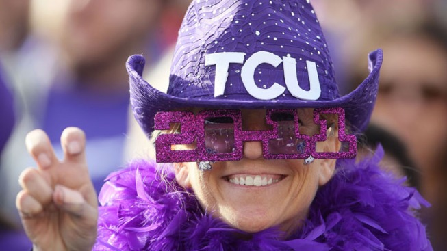 TCU Has 4 TDs in 2 Minutes in 55-13 Win
