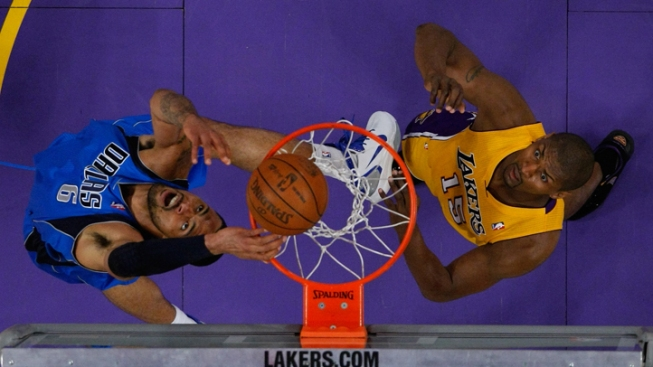 Lakers' Artest Suspended for Game 3