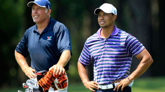 Tiger Woods' Ex-Caddie Apologizes for Racial Slur