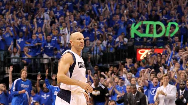 Mavs Rally Not Enough to Top Nets