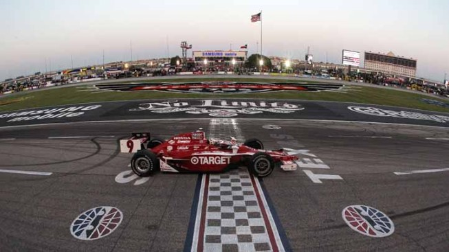 Franchitti Wins First of Dual IndyCar TMS Races