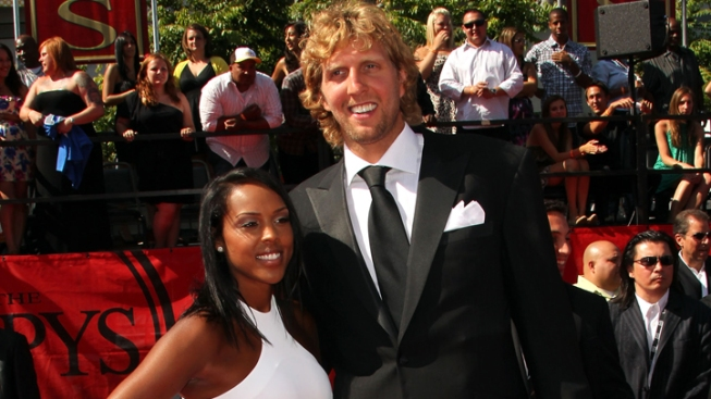 Mavs' Dirk Is a Daddy