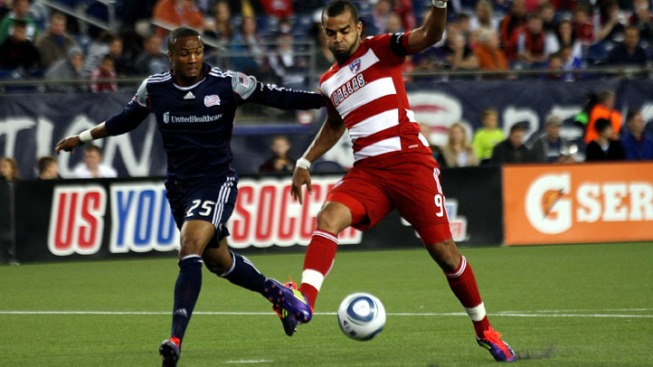 Revolution Rolls Past FC Dallas
