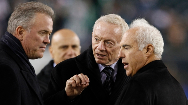 Stephen Jones Defends Jerry Jones HOF Candidacy Over Bowlen