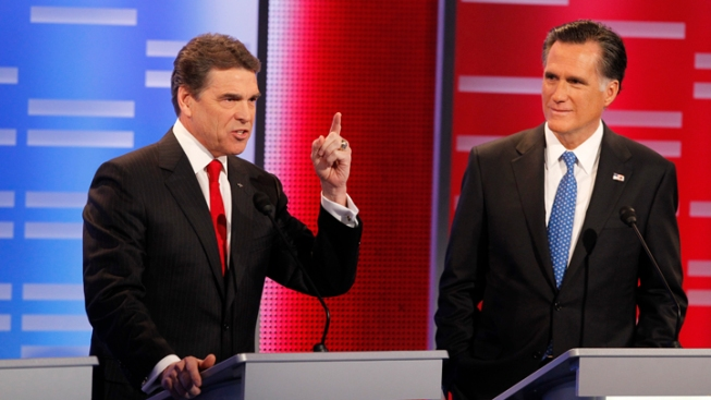 Perry Takes Jabs at Gingrich