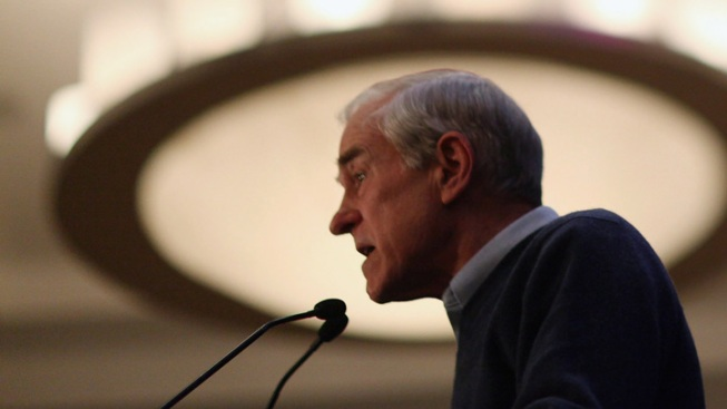 Ron Paul Leaves Campaign Trail to Vote on Debt Ceiling