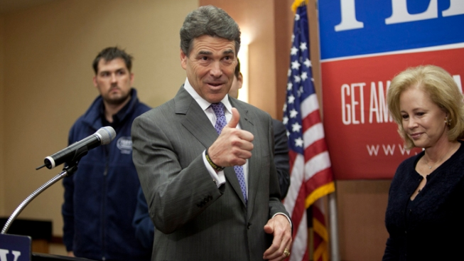Acting Governors Cost Texas $32K During Perry's Presidential Bid