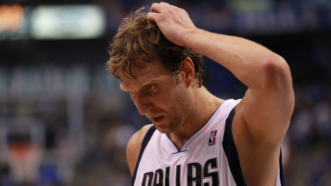 Hornets Win in OT Over Mavs in Dirk's First Start